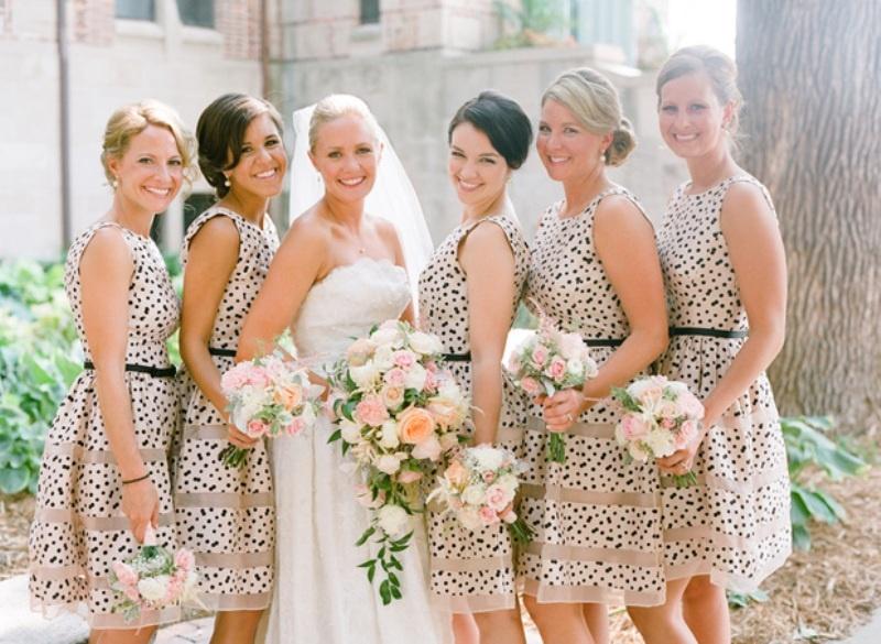 2aa3b65d9 Madrinhas: Dicas de como usar vestidos estampados para casamento - O ...