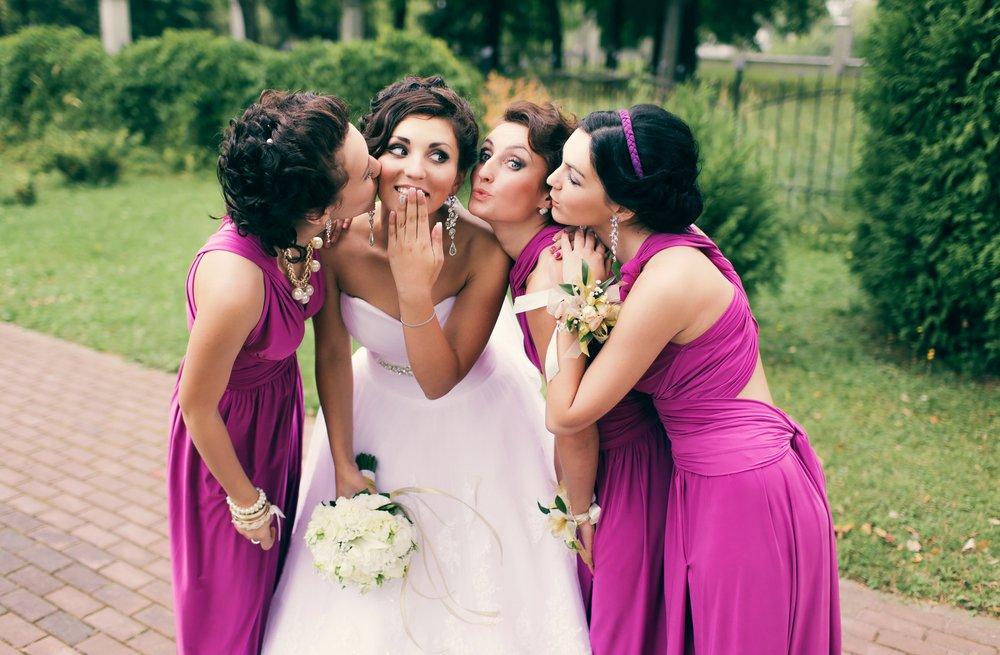 madrinha-de-casamento-deve-usar-vestido-curtou-ou-longo