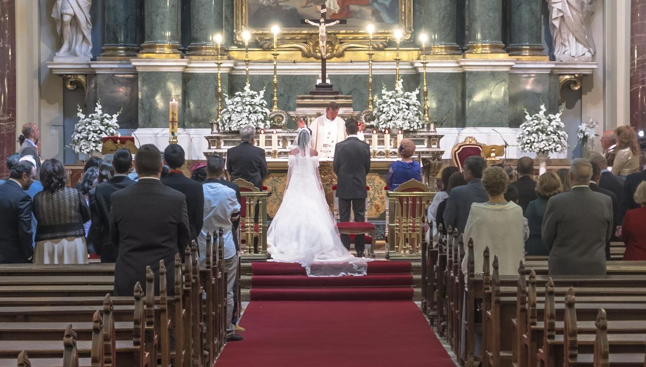 Entenda sobre as regras do cortejo de casamento